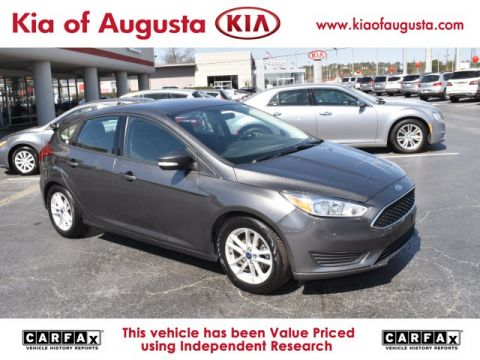 Pre-Owned 2016 Ford Focus SE FWD 4D Hatchback