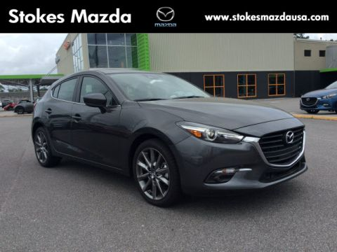 New 2018 Mazda3 Grand Touring FWD 4D Hatchback