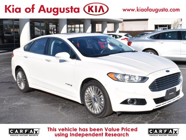 Pre-Owned 2013 Ford Fusion Hybrid Titanium